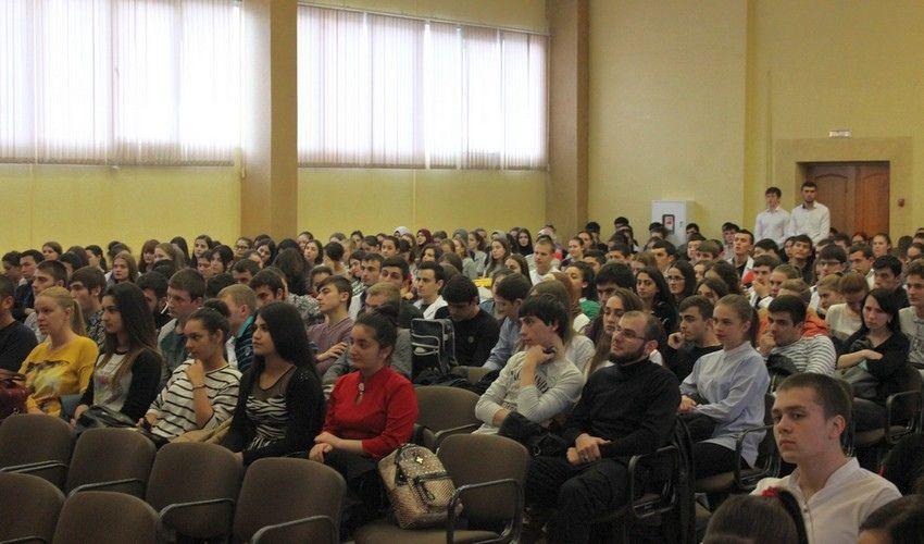 Студенты Пятигорска встретились с представителями духовенства, фото-3