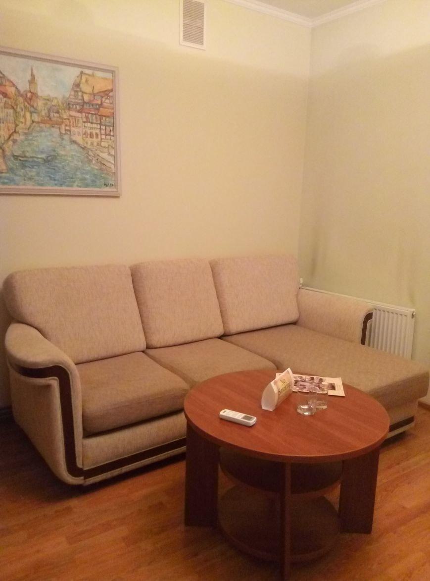 """Чи комфортно проживати у готелі """"Станіславів""""? Перевірено на собі (ФОТОРЕПОРТАЖ), фото-6"""