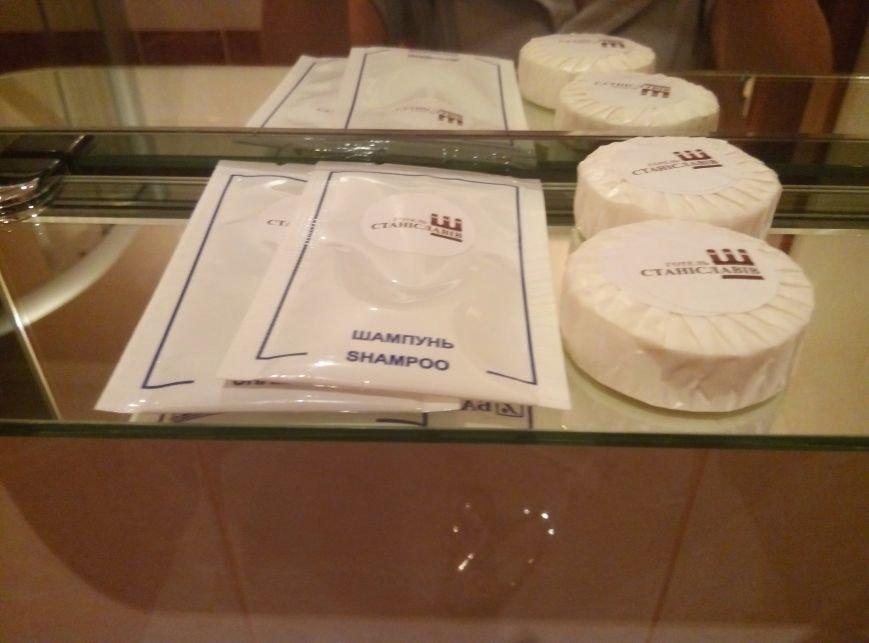 """Чи комфортно проживати у готелі """"Станіславів""""? Перевірено на собі (ФОТОРЕПОРТАЖ), фото-11"""