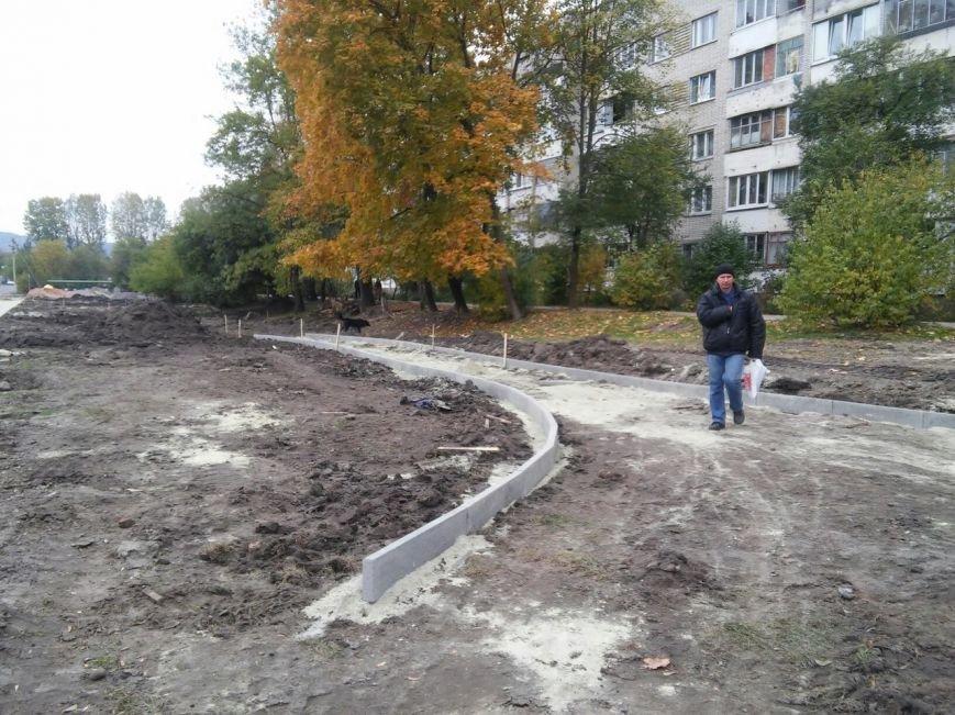 У громадському просторі на вулиці Миколайчука встановлять тренажери, тенісний стіл та гойдалки для дітей (ФОТО), фото-3