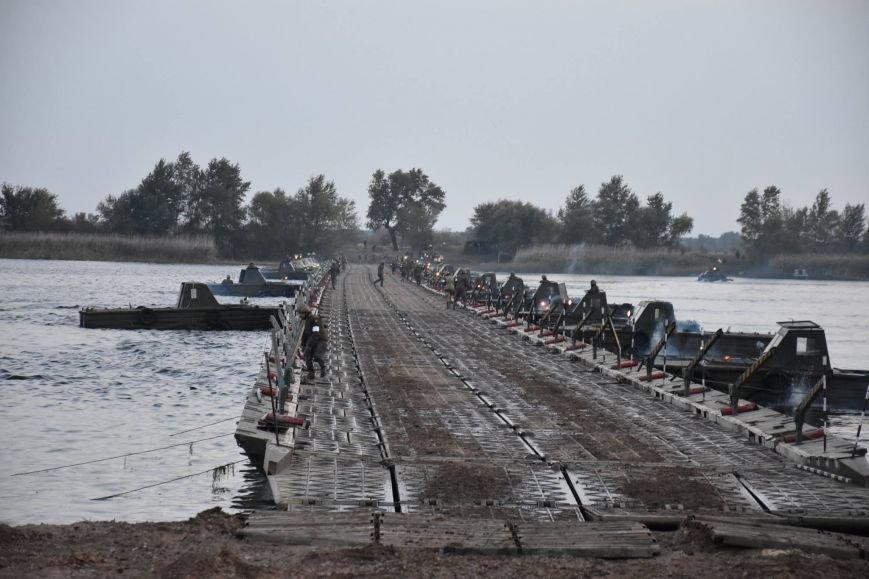 Вчера в Херсонской области прошли беспрецедентные военные учения (фото), фото-1