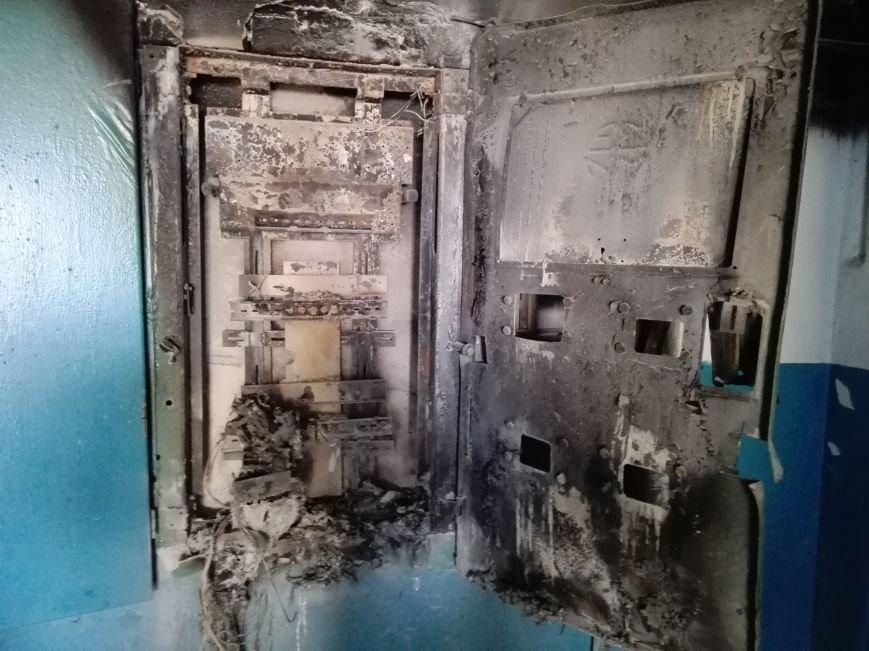 Пожары в Каменском: горели электрощитовая, торговый павильон и забытая на плите еда, фото-3