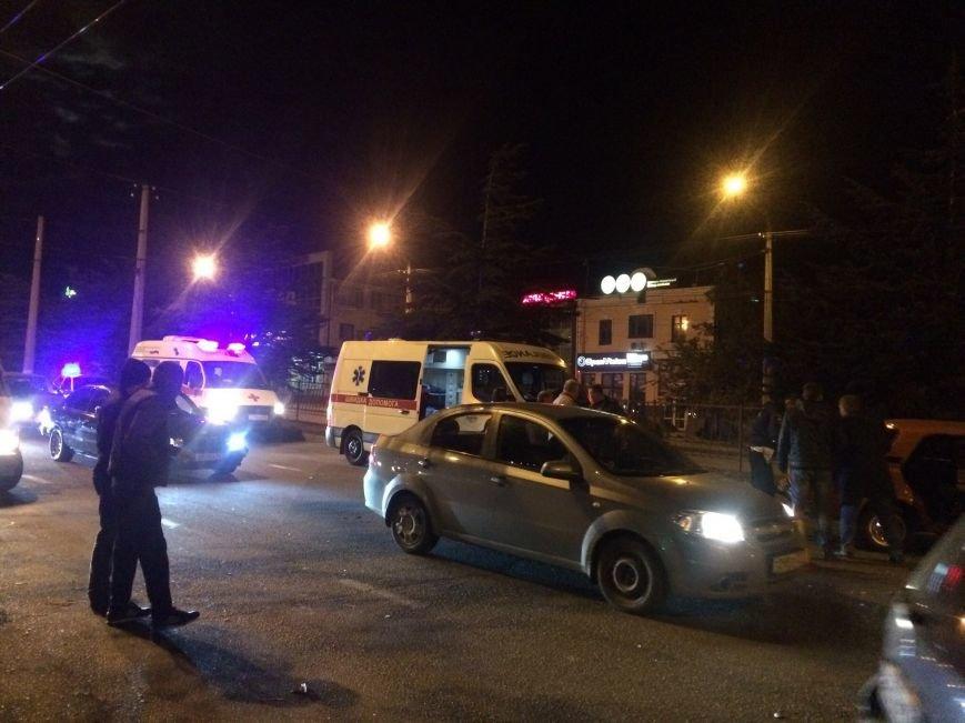 В Симферополе в ДТП попали три авто, в том числе машина ДПС (ФОТО), фото-2