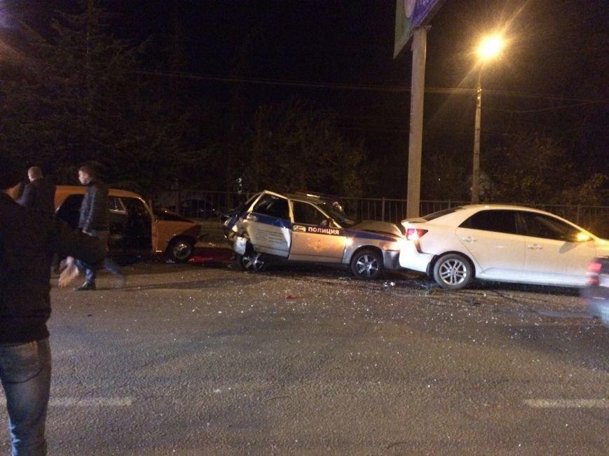 В Симферополе в ДТП попали три авто, в том числе машина ДПС (ФОТО), фото-1
