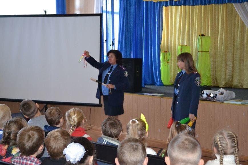Школьникам Днепропетровщины показали веселые мультфильмы о правилах поведения на дороге (ФОТО), фото-2