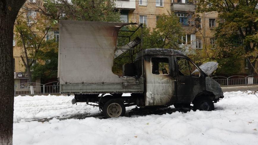 "В Мариуполе на пр. Нахимова выпал ""снег"" (ФОТОРЕПОРТАЖ, ВИДЕО), фото-16"