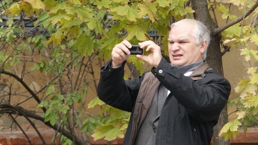 "В Мариуполе на пр. Нахимова выпал ""снег"" (ФОТОРЕПОРТАЖ, ВИДЕО), фото-14"