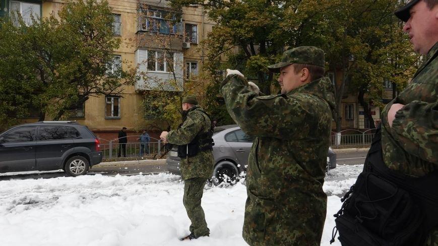 "В Мариуполе на пр. Нахимова выпал ""снег"" (ФОТОРЕПОРТАЖ, ВИДЕО), фото-8"