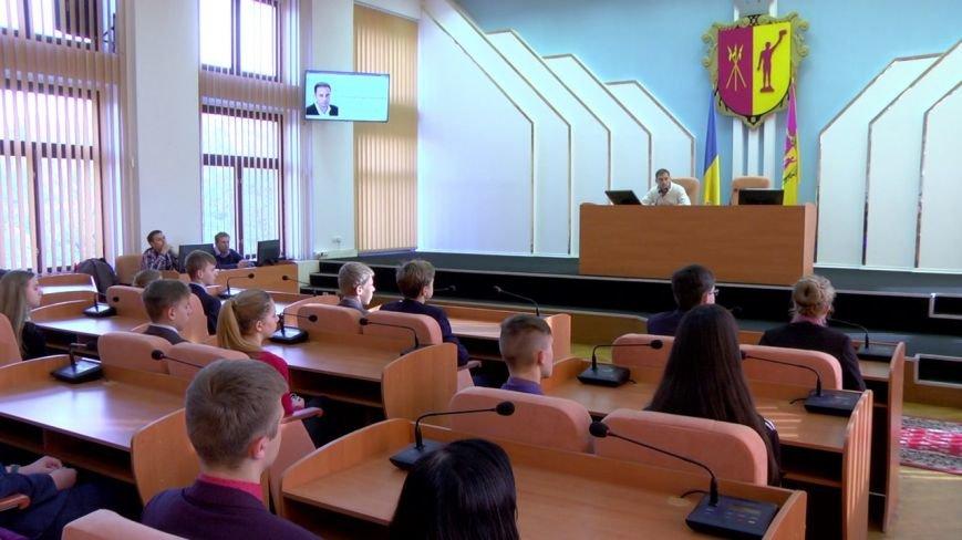 Для школьников Каменского провели экскурсию по городскому совету, фото-6