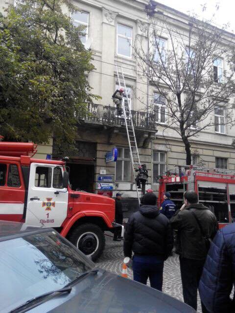 У Львові на вулиці Січових Стрільців горіла квартира (ФОТО), фото-2