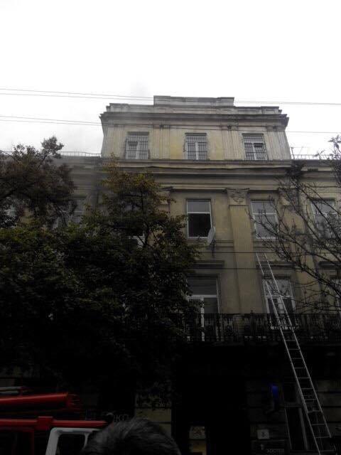 У Львові на вулиці Січових Стрільців горіла квартира (ФОТО), фото-1