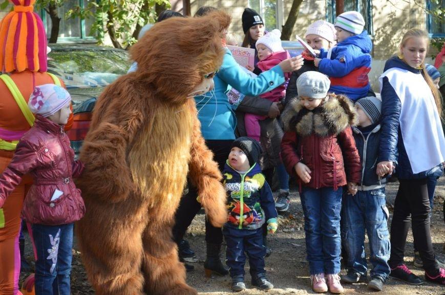 У детей Енакиево появилось ещё одно место для игр, фото-4