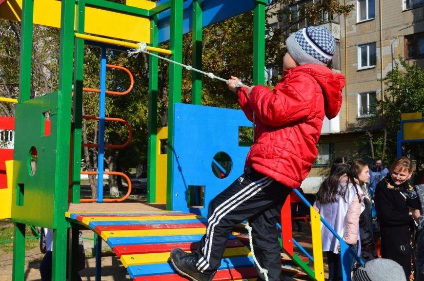 У детей Енакиево появилось ещё одно место для игр, фото-7
