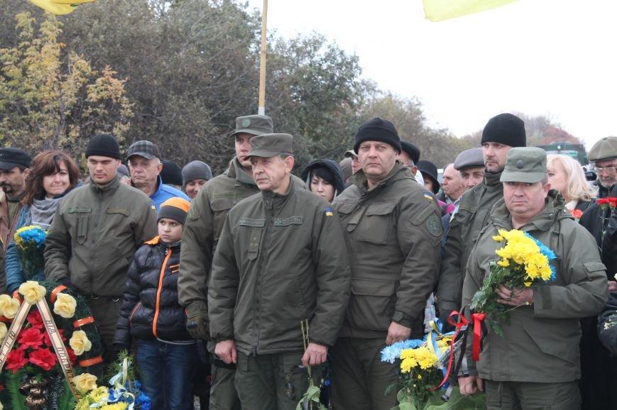 Вблизи Бахмута установили памятник погибшим в ДТП бойцам батальона имени Кульчицкого, фото-4