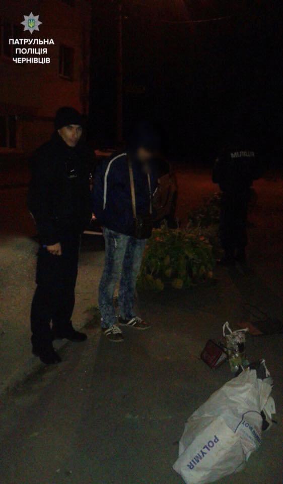 Правоохоронці оперативно спіймали крадіїв (ФОТО), фото-1
