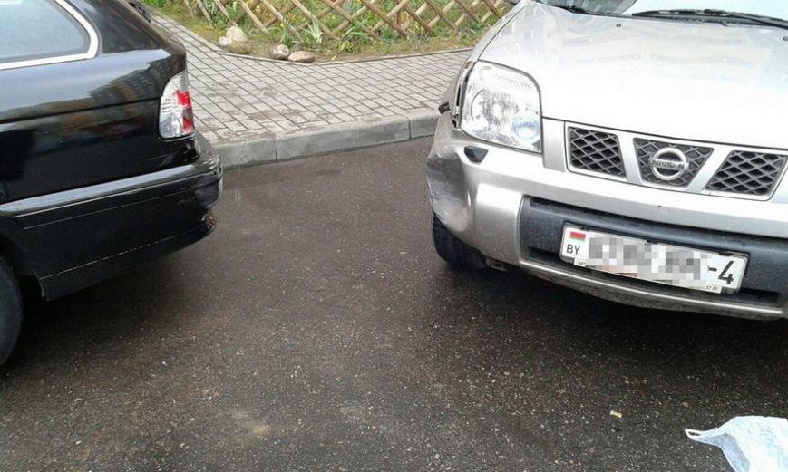 В Гродно водитель умудрился за час на отрезке 150 метров устроить два ДТП, фото-4