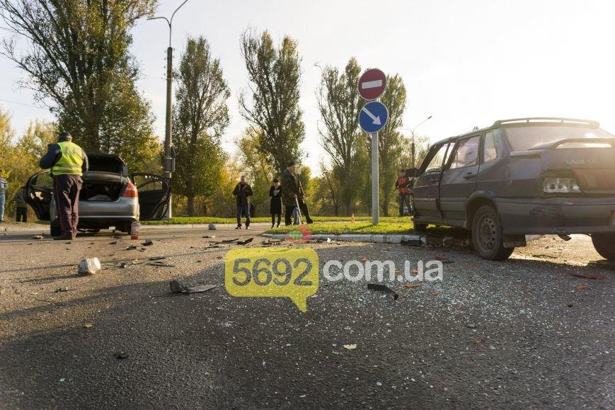 В Каменском на Куриловском перекрестке произошло ДТП с пострадавшими, фото-3