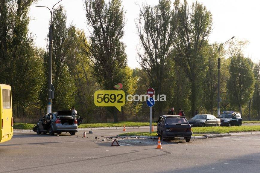В Каменском на Куриловском перекрестке произошло ДТП с пострадавшими, фото-1