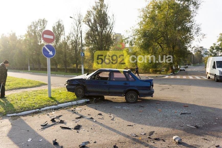 В Каменском на Куриловском перекрестке произошло ДТП с пострадавшими, фото-8