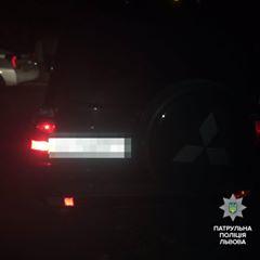 Чоловіка, який вчинив ДТП, патрульні знайшли сплячим в автомобілі (ФОТО), фото-2