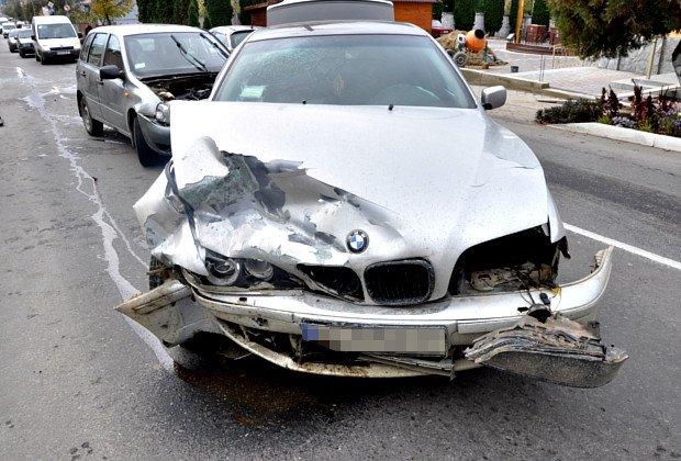 На Буковині сталась ДТП за участі автівки з іноземною реєстрацією (ФОТО), фото-1