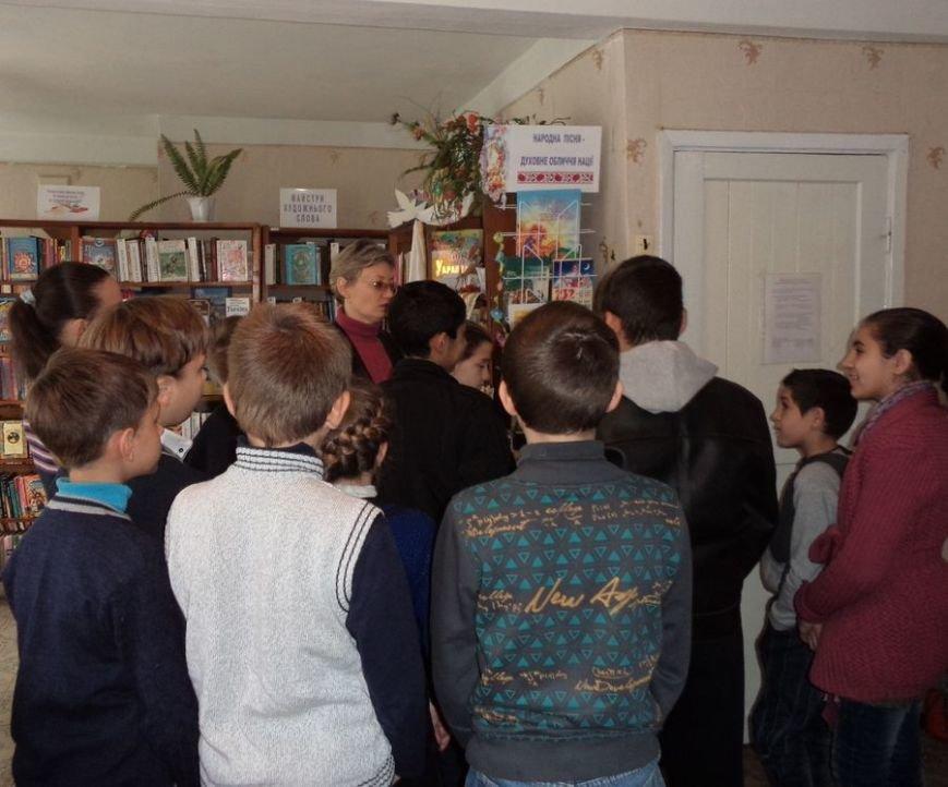 Музична бібліохвиля накрила дітей в Мирнограді (Димитрові), фото-1