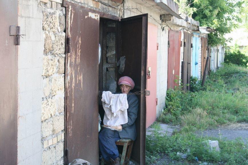В Каменском женщина, которую мошенники лишили квартиры, живет в гараже около 11 лет, фото-3
