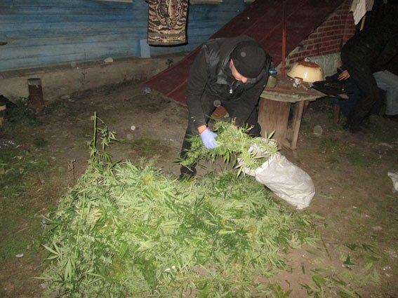Таксист-дилер: харьковский водитель продавал клиентам наркотики (ФОТО), фото-3