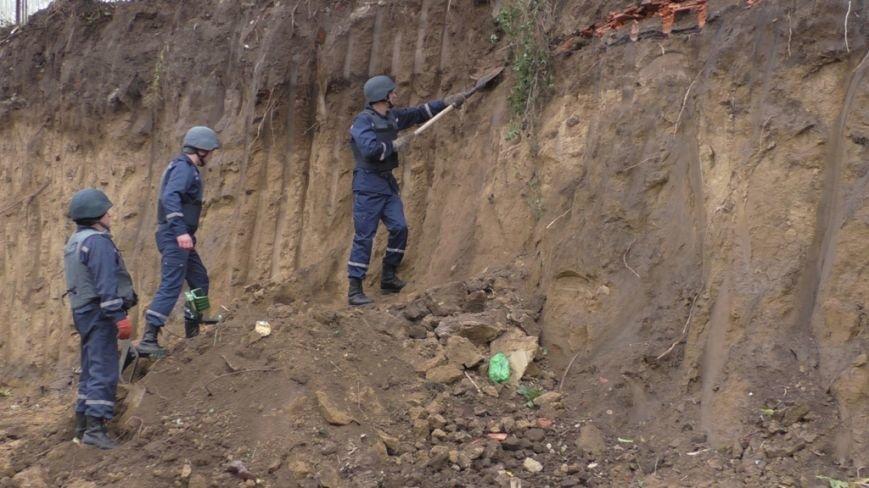 На Буковині піротехніки ліквідували велику кількість гранат та артилерійських снарядів (ФОТО), фото-3