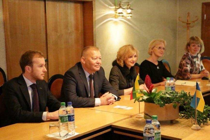 Кременчугская делегация в Алитусе (Литва) посетила ратушу, гимназию и завод, фото-2