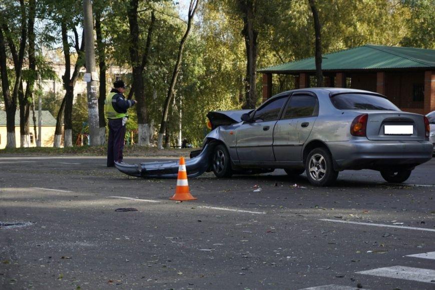 ДТП в Каменском: Daewoo Lanos столкнулся с внедорожником Lexus, фото-6