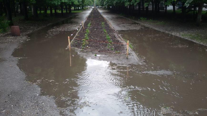 """Ливнёвые """"реки"""" на добропольских улицах: что делать? (ФОТО, ВИДЕО), фото-4"""