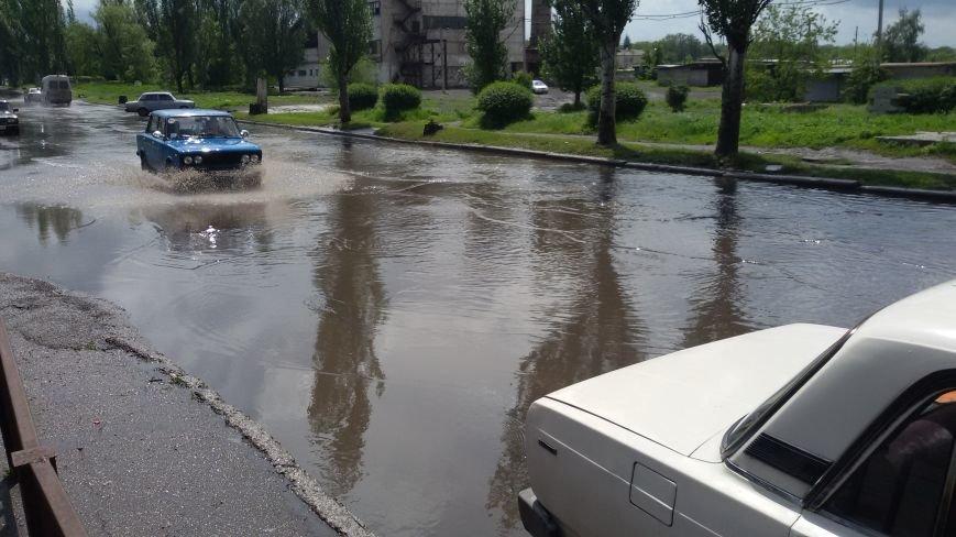 """Ливнёвые """"реки"""" на добропольских улицах: что делать? (ФОТО, ВИДЕО), фото-1"""