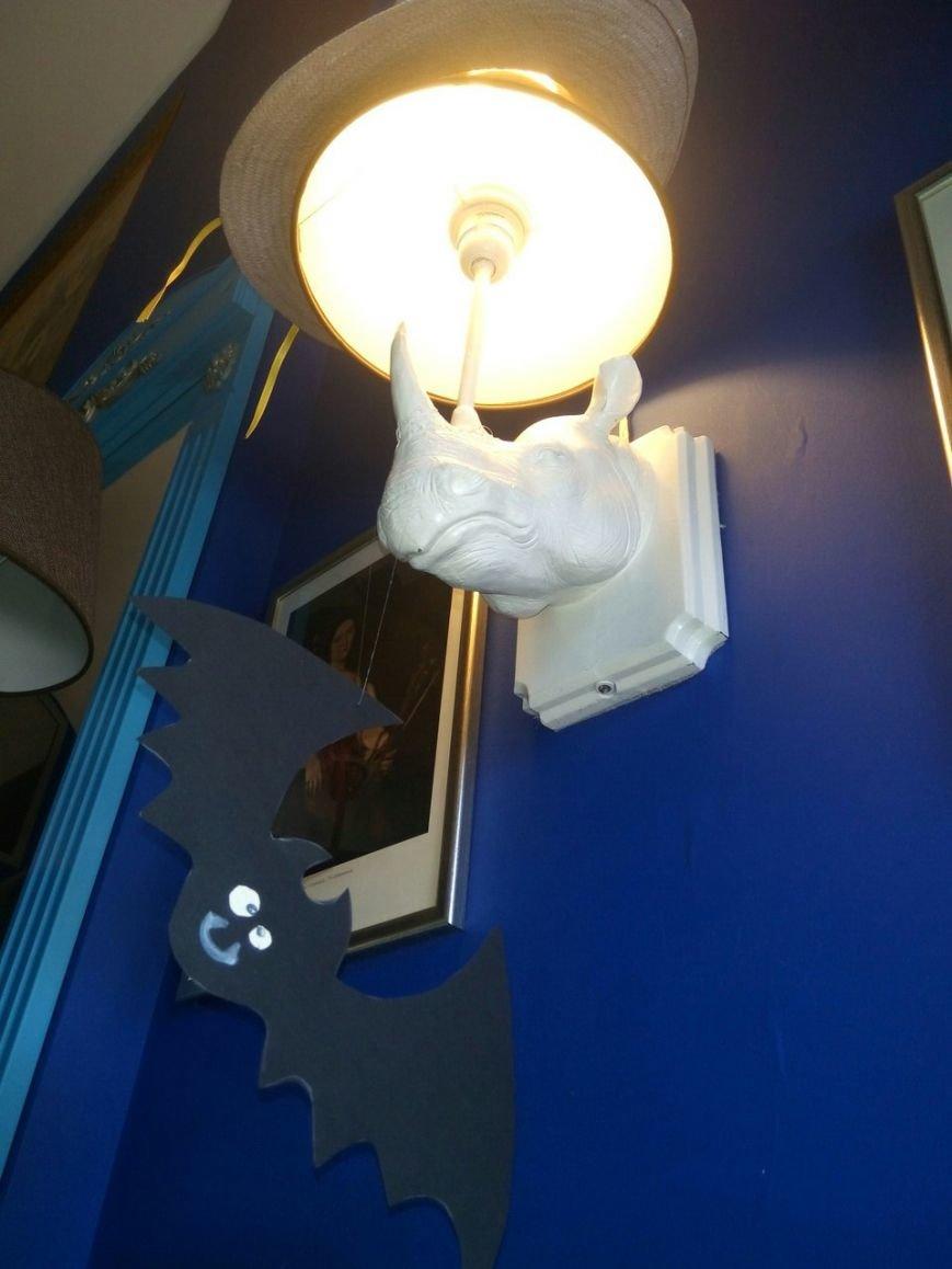 Кофейни и чайные Днепра: Tea House - светильники-носороги, огромный ассортимент чаёв и высокие цены (ФОТО), фото-1