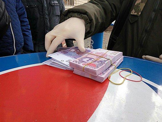 В Запорожье задержали лесничего на взятке 53 тысячи гривен, - ФОТО, фото-2