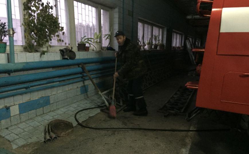 Байки спасателей или как прошла одна из смен в пожарной части Харькова (ФОТО), фото-17