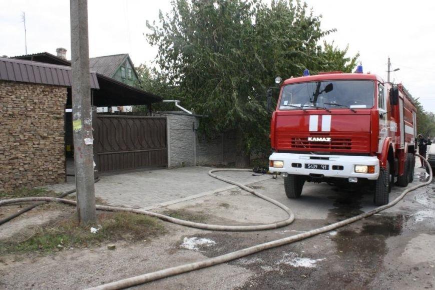 В Запорожье гараж сгорел, вместе с автомобилем, - ФОТО, ВИДЕО, фото-4