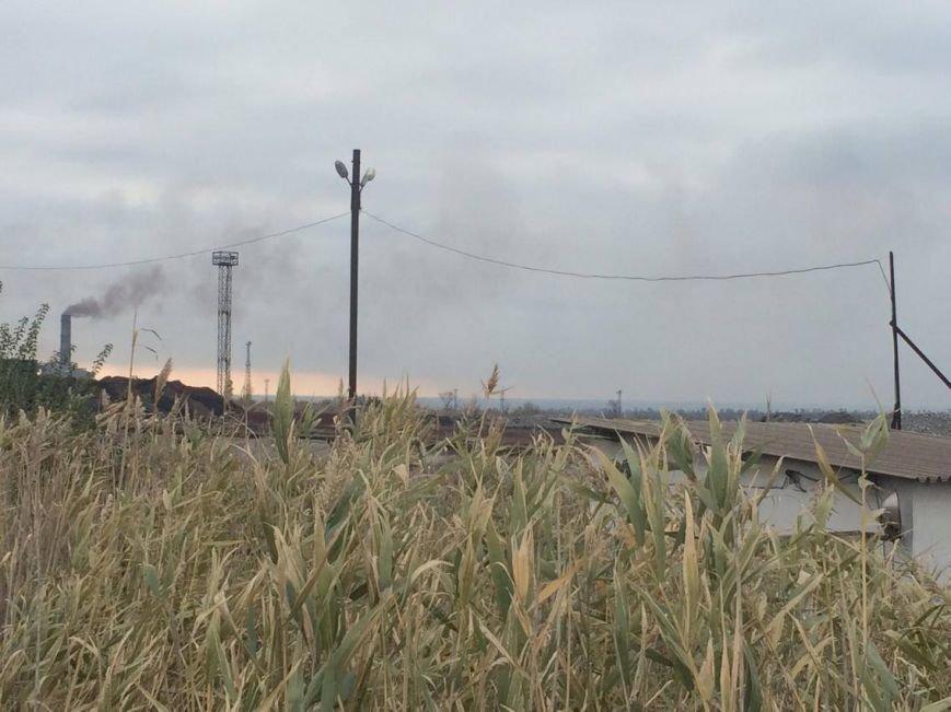 Как мариупольцы живут под трубами аглофабрики и дышат пылью рудного двора (ФОТО, ВИДЕО), фото-9