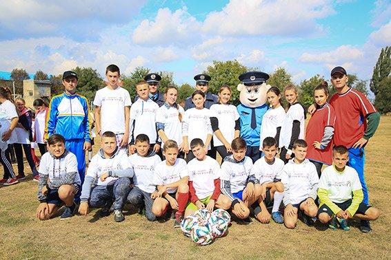 Поліцейські взяли участь у футбольному фестивалі на Буковині (ФОТО), фото-3