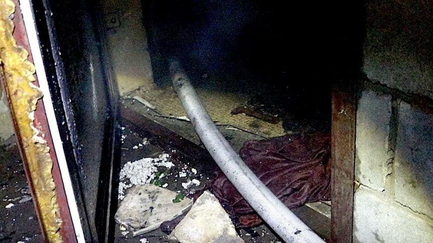 В Мариуполе в горящем доме собака спасла хозяина от смерти (ФОТО), фото-7