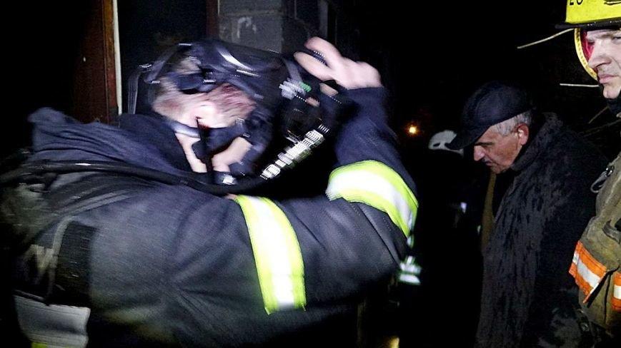 В Мариуполе в горящем доме собака спасла хозяина от смерти (ФОТО), фото-17