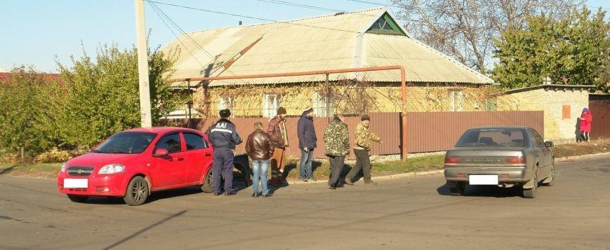 Роковой перекресток: в Покровске столкнулись два автомобиля, фото-5