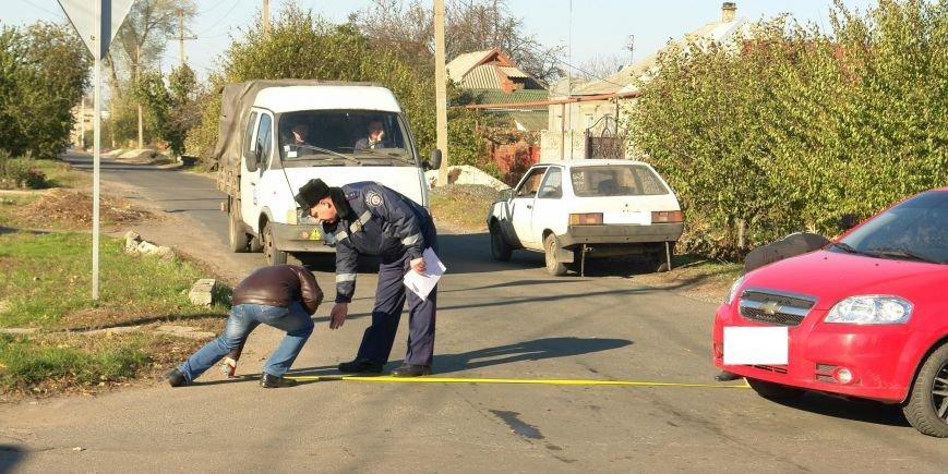 Роковой перекресток: в Покровске столкнулись два автомобиля, фото-8