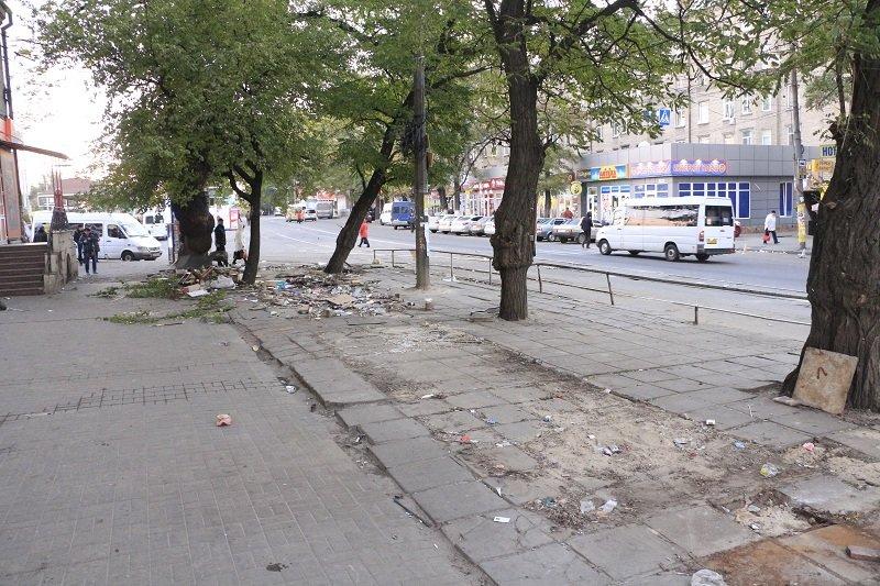 МАФам бой: в Днепре бывшая пл. Островская стала чище (ФОТО), фото-3