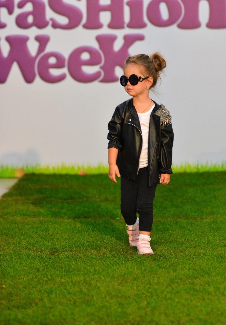 Ukrainian-Kids-Fashion-Week-2016-7