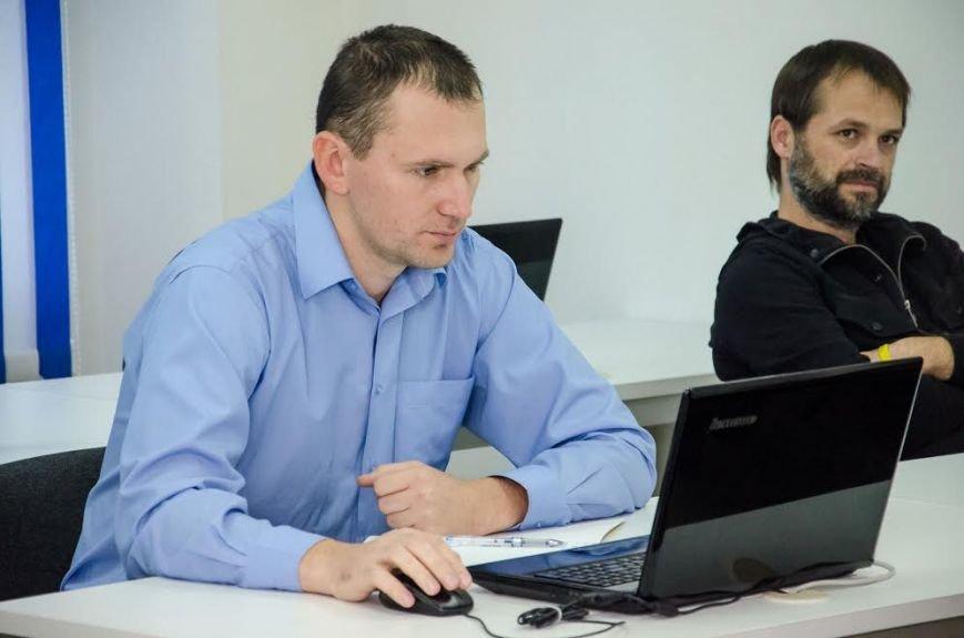 На Днепропетровщине очередная группа демобилизованных начала обучение на курсах PHP программирования (ФОТО), фото-5