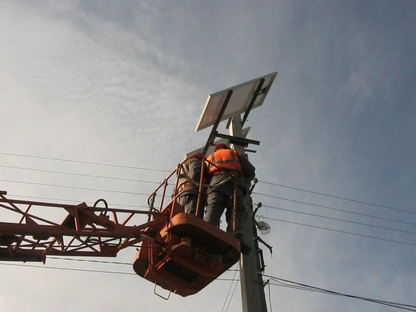 В Кременчуге появился светофор на солнечных батареях (ФОТО), фото-3