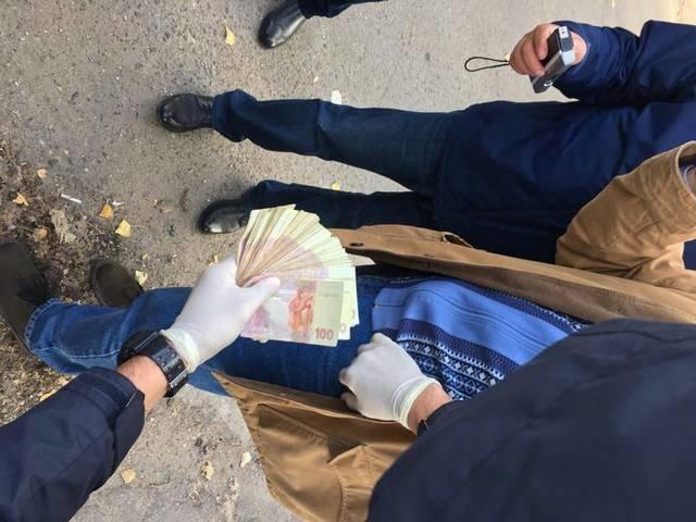 В Херсоне на взятке задержан начальник военного представительства Минобороны, фото-1