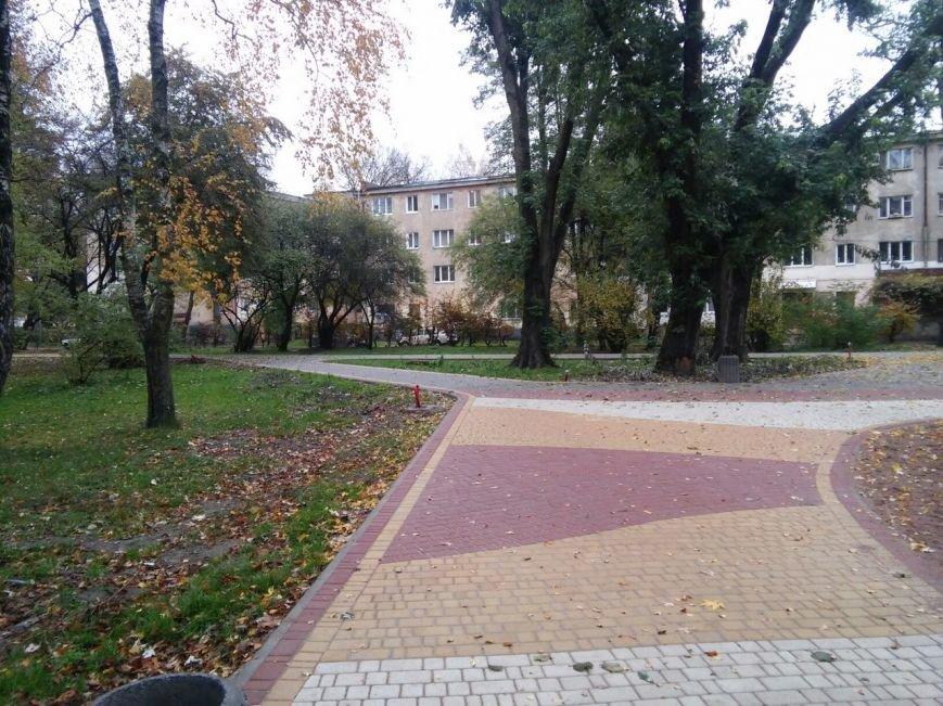 У Львові завершують облаштовувати громадські простори на вулиці Ряшівській (ФОТО), фото-3