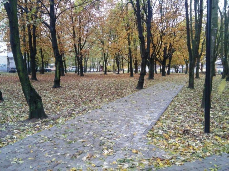 У Львові завершують облаштовувати громадські простори на вулиці Ряшівській (ФОТО), фото-7